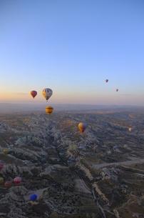 トルコ カッパドキア 気球から FYI00192892