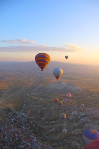 トルコ カッパドキア 気球から FYI00192903