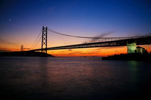 明石海峡の夕景 FYI00198722