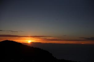 富士山頂からのご来光 FYI00216055