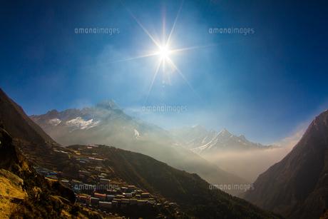 ヒマラヤの山村 FYI00222049