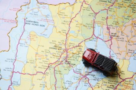 地図と車 FYI00222842
