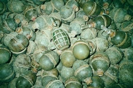 手榴弾の素材 [FYI00231656]