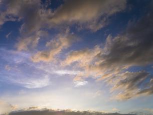 夕日に染まらぬ雲 FYI00238902