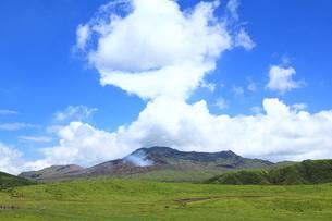 阿蘇山の噴煙 FYI00240991
