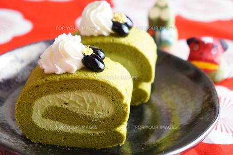 抹茶のロールケーキ FYI00242201