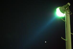 夜を照らす FYI00265596