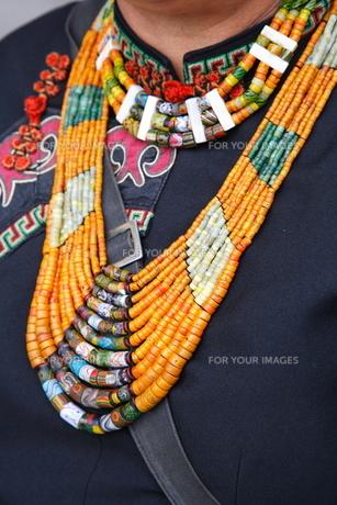 台湾原住民族の衣装 FYI00283646