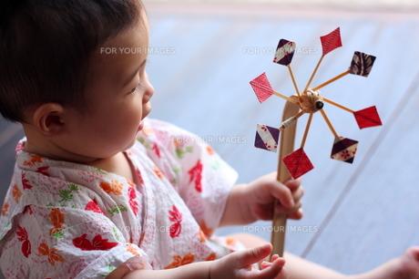 浴衣の赤ちゃん FYI00283683