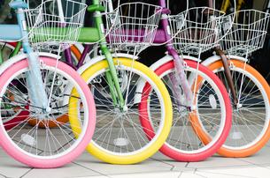 カラフルな自転車 FYI00285223