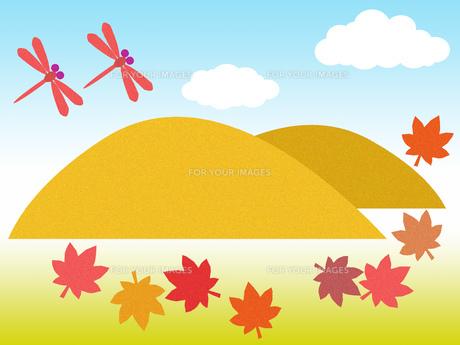 山とモミジと赤とんぼ FYI00297925
