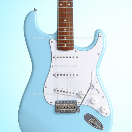 青いエレキギター FYI00304634