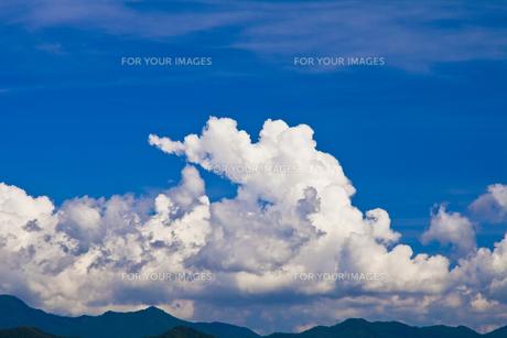 雲と山並 FYI00306774