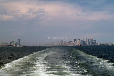 マンハッタン島を臨む FYI00315361