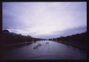 パリ/セーヌ川 FYI00317712