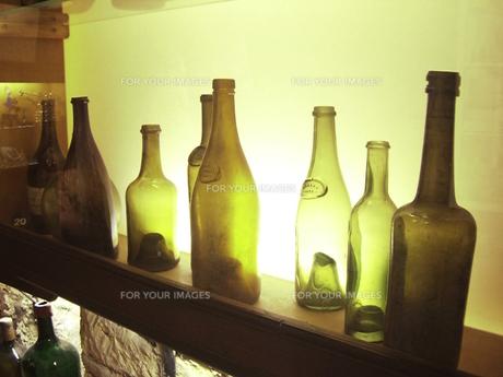 古いワインボトル FYI00317743