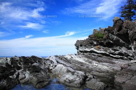 空と奇岩 FYI00322200