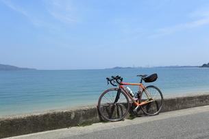 海岸線の自転車 FYI00323269