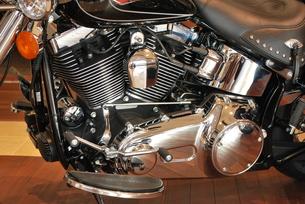 オートバイ エンジン部分 FYI00335814