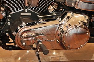 オートバイ エンジン部分 FYI00335819