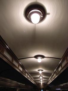 レトロ列車の天井 FYI00364218