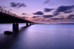 宮古島/伊良部大橋の夜景 FYI00374093
