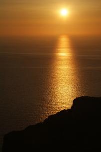サントリーニ島、イアの夕日 FYI00382302