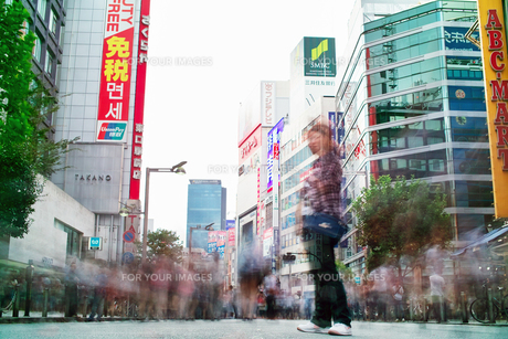 新宿の歩行者天国 FYI00382307