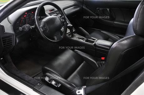 自動車の運転席 FYI00390582