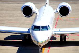 空港のジェット機 FYI00408023