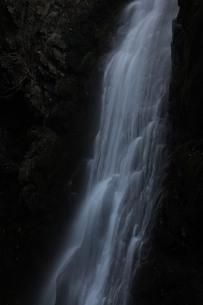 白い滝 FYI00418897