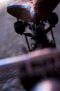 アンティークの自転車 FYI00422486