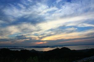 雲に沈む太陽 FYI00430038