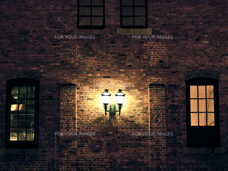 煉瓦と灯 FYI00430556