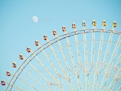 観覧車と月 FYI00430593