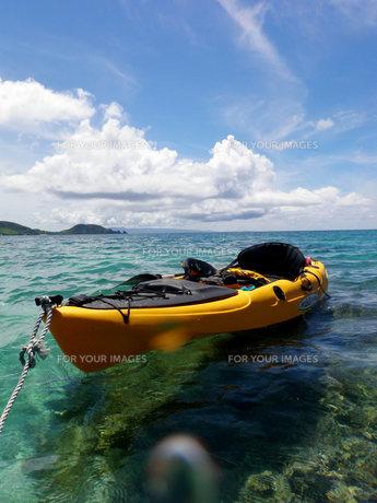 海と空とカヌー FYI00439394