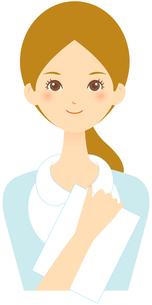 若い女性 笑顔 FYI00439720