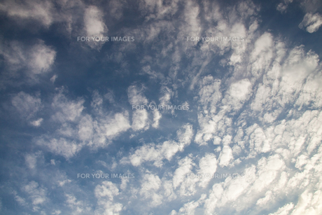 background[cirrostratus_sky]_014 FYI00446816