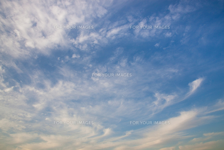 background[cirrostratus_sky]_016 FYI00446828