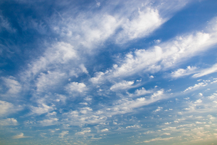 background[cirrostratus_sky]_035 FYI00446880