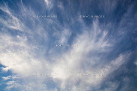 background[cirrostratus_sky]_044 FYI00446900