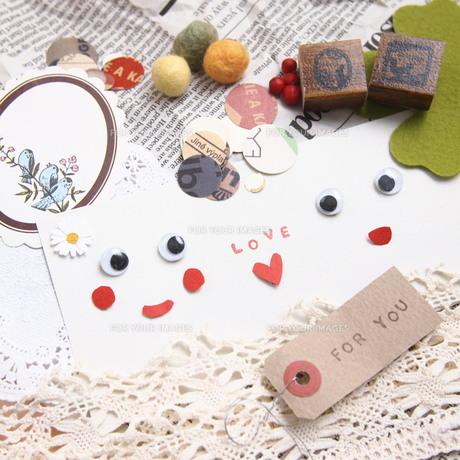 LOVE FYI00447628