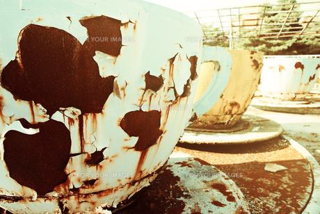 廃墟のコーヒーカップ FYI00456591