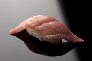 にぎり寿司 大トロ FYI00457267