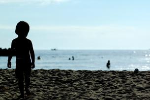 海と少年 FYI00459521