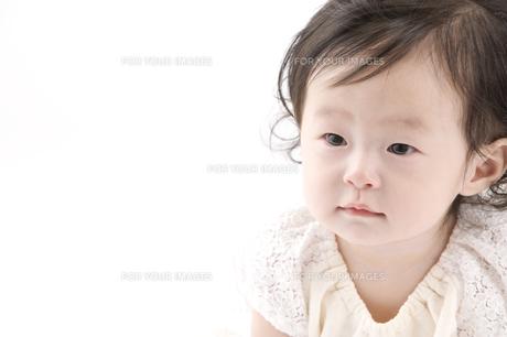 生後7ヶ月の赤ちゃん FYI00460263