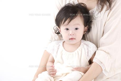 生後7ヶ月の赤ちゃん FYI00460265