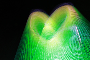 光のハート グリーン FYI00461697