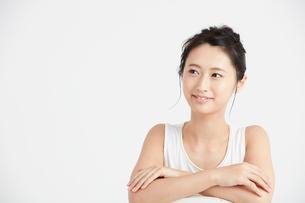 肌の綺麗な女性 FYI00466409