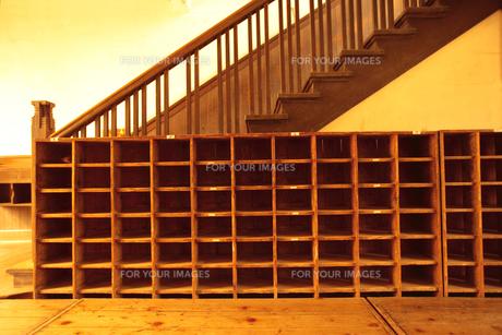 学校の下駄箱 FYI00469641